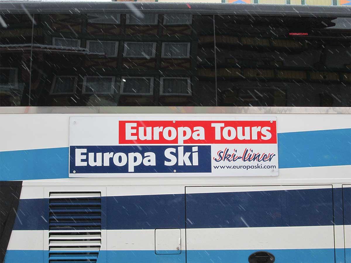 Tourincar verhuur voor besloten gezelschappen